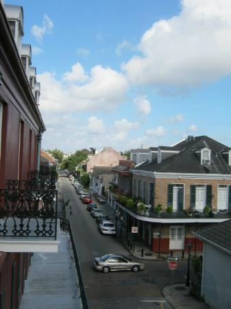 Le Richelieu in the French Quarter: Balcony in the room