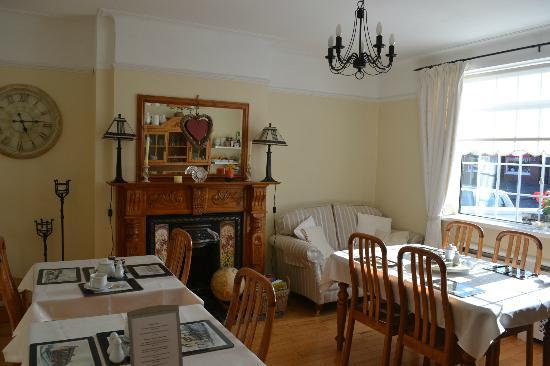 Shantalla Lodge B&amp;B: Breakfast room