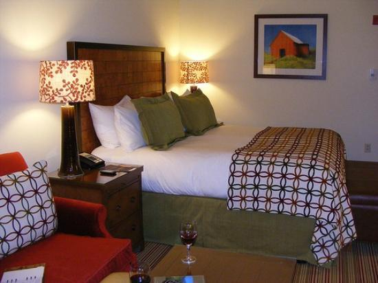Stowe Mountain Lodge: View of the bed