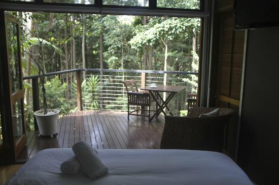 Azabu Guesthouse Byron Bay: king room