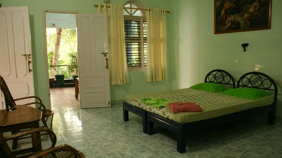 SB Regency: Garden Balcony room!