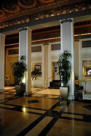 The Governor Hotel: Hotel entrance.