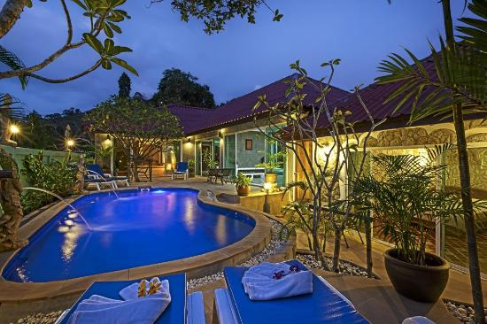 Sunshine Guest House Phuket Thailand: Relax area