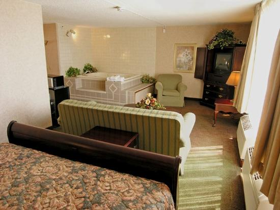 BEST WESTERN Ramkota Hotel: Deluxe Whirlpool