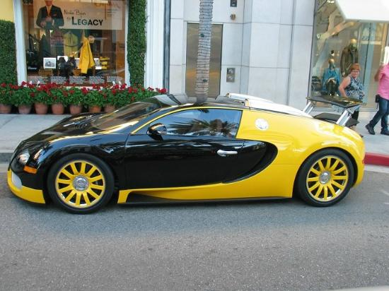 bugatti veyron on rodeo drive picture of ultimate hollywood tours los ange. Black Bedroom Furniture Sets. Home Design Ideas