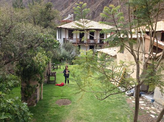El Albergue Ollantaytambo: Back Yard