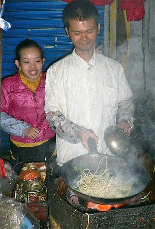 UnTour Shanghai - Culinary Tours &amp; More: Street Wok