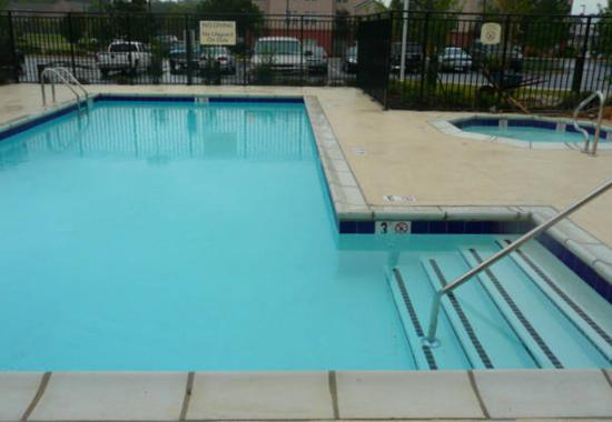Residence Inn Jackson Ridgeland: Outdoor Pool & Spa