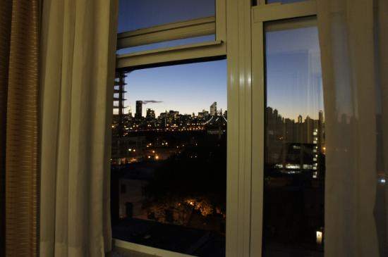 Country Inn & Suites NYC in Queens: Vista su Manhattan