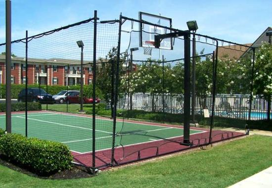 Residence Inn Memphis Germantown: Sport Court