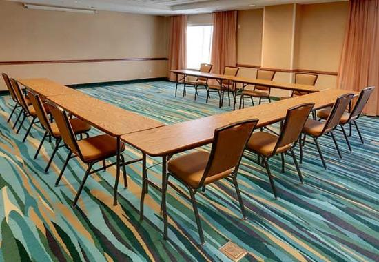 SpringHill Suites Cleveland Solon: Meeting Room - U-Shape Setup