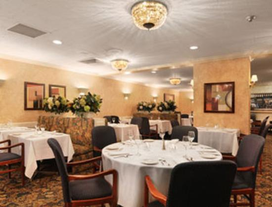 Days Inn and Conference Centre Timmins: The Gallery Restaurant