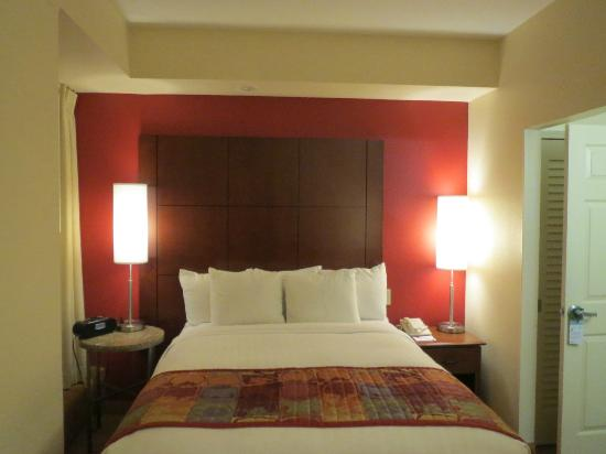 Residence Inn by Marriott Beverly Hills: Room 517
