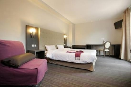 Inter Hotel Le Grillon d'Or: Guest Room