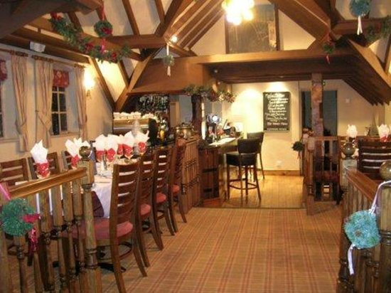 Meadow Inn &amp; Steakhouse: Fab for Christmas parties!