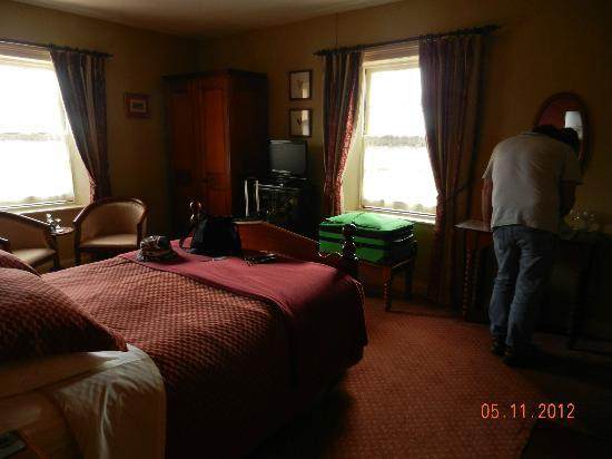 Meredith House and Mews: Our room