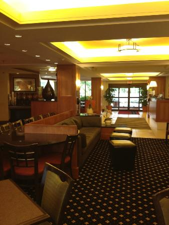 Hampton Inn Lancaster: Reception