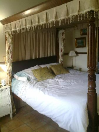 Domvilles Farm Guesthouse & The Lodge