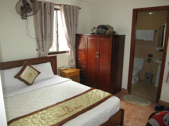 Giang Son Guesthouse: Zimmer