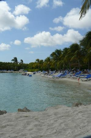 Renaissance Aruba Resort & Casino: Adult side of the private island