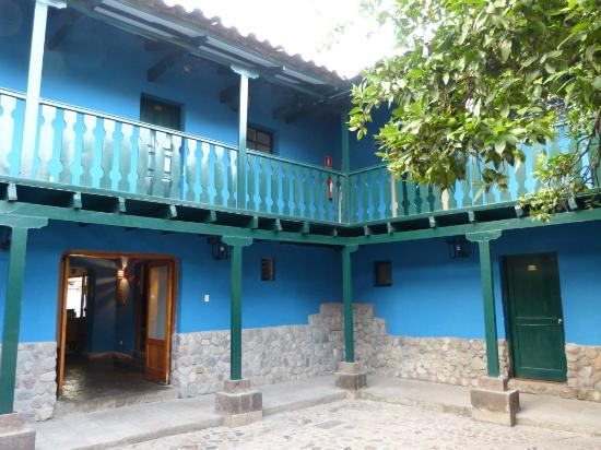 Patios interiores picture of san agustin urubamba hotel - Patios interiores ...