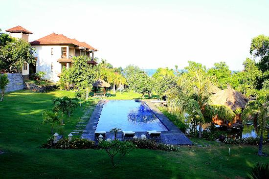 Bluehill Resort