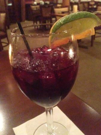 Glasbern Inn: sangria.