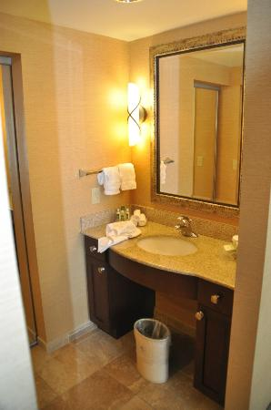 Homewood Suites by Hilton Rock Springs: Bath in suite