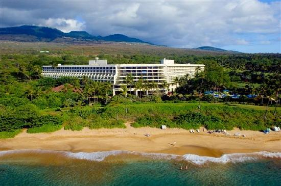 Makena Beach &amp; Golf Resort located on 1,800 acres in sunny South Maui