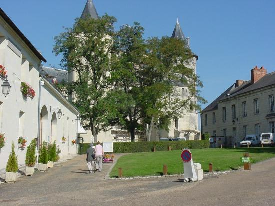 Chenehutte-Treves-Cunault, Frankreich: In the grounds of Le Prieure