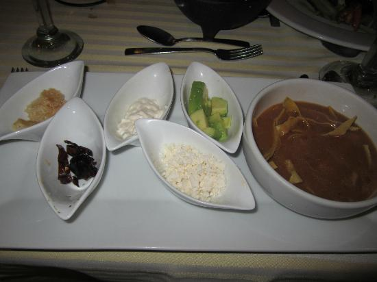 Marival Resort & Suites: Mexican Restaurant Tortilla soup