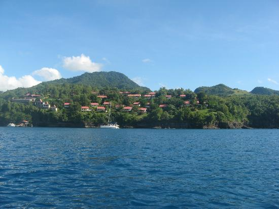 Ti Kaye Resort & Spa: View of hotel from north side of bay when snorkeling