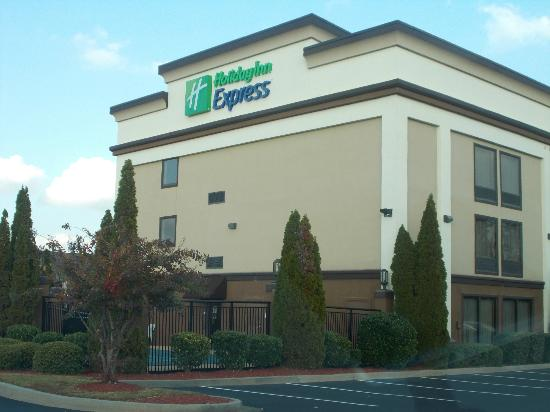 Holiday Inn Express Peachtree Corners/Norcross : VIEW UPON ARRIVAL
