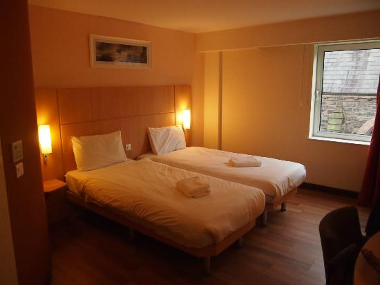 Ibis Belfast Queens Quarter: Room-2 singles