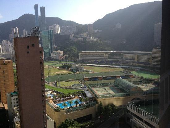 Crowne Plaza Hotel Hong Kong Causeway Bay: View of Happy Valley racetrack