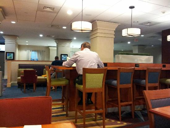 Hampton Inn Fort Lauderdale Downtown - City Center: Breakfast area