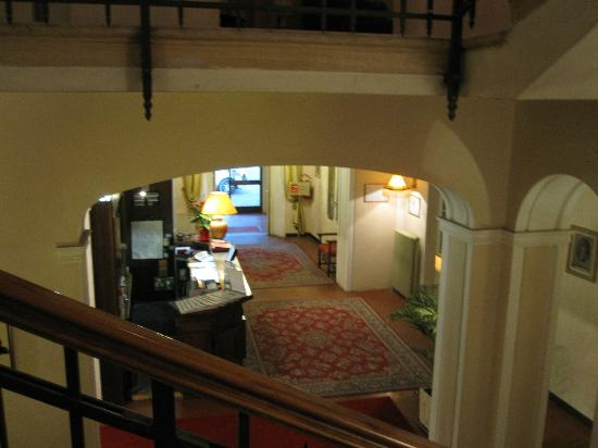 Villa Patrizia: Lobby from Stairs