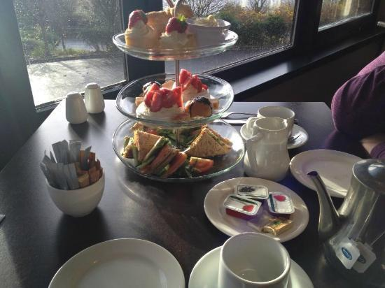 Brook Queensferry Hotel: Afternoon tea