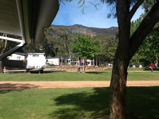 Halls Gap Lakeside Tourist Park: New amenities block