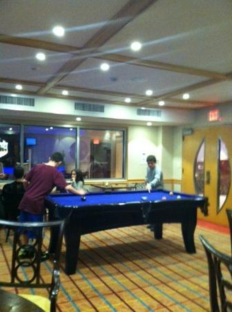 Viana Hotel and Spa: Game room!