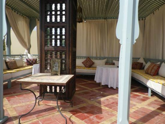 Riad Kniza: roof top terrace