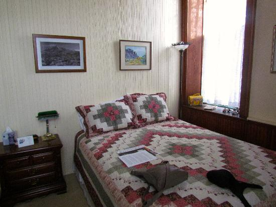 Old Schoolhouse Bed and Breakfast: rithmetic room