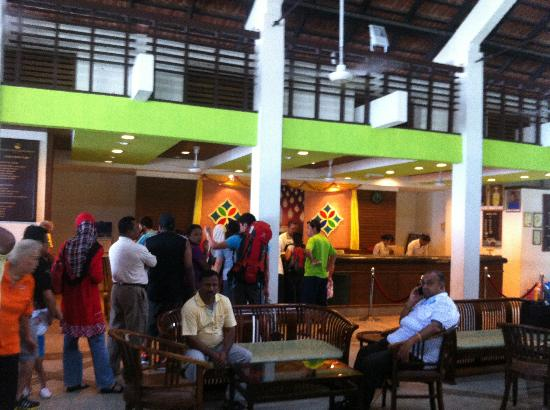 Pangkor Island Beach Resort: Picture of the counters