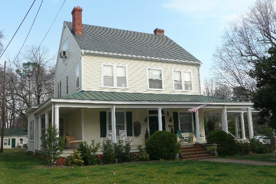 Photo of Grey Swan Inn Bed and Breakfast Blackstone