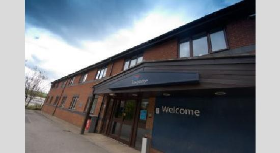Travelodge Huddersfield Mirfield