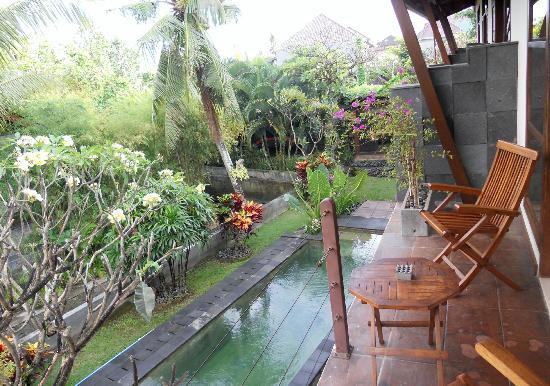 The Studio Bali: View from balcony over pool