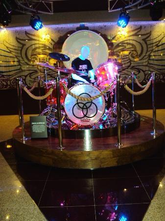 Secret bathroom pictures - Lobby Del Hotel Picture Of Hard Rock Hotel Cancun