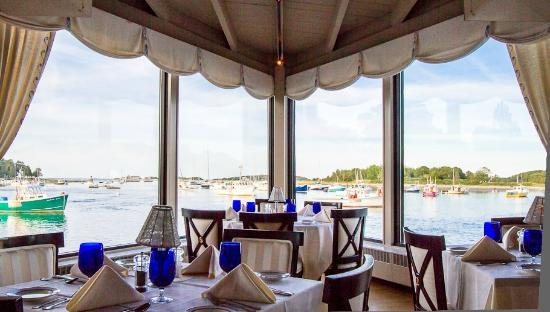 Cohasset, MA: The Point Room