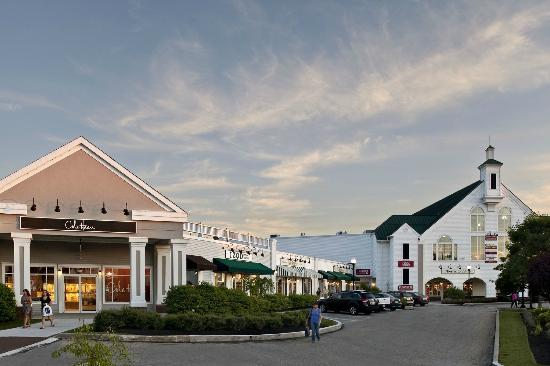 Lee Premium Outlets Ma Hours Address Top Rated