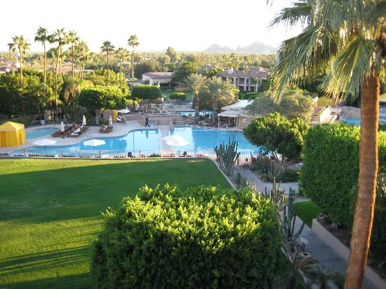 The Phoenician, Scottsdale: Poolside view from the room